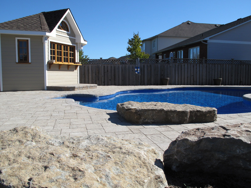 pool designs and landscaping