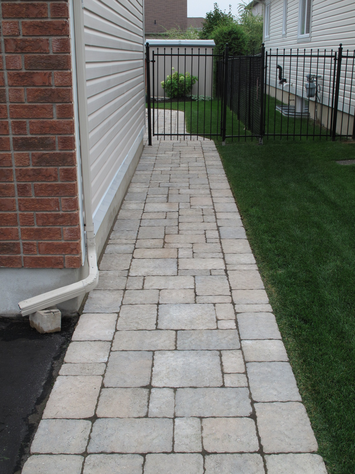 Backyard Paradise: Interlock Steps And Walkways